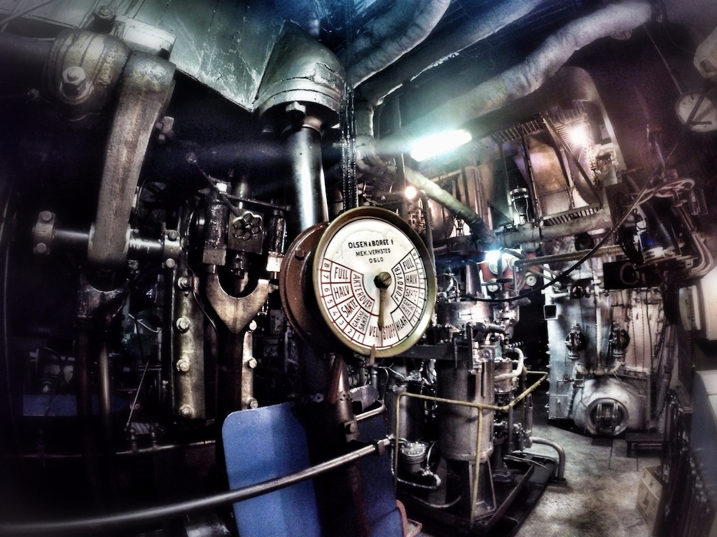 SS Thorfinn Engine Room